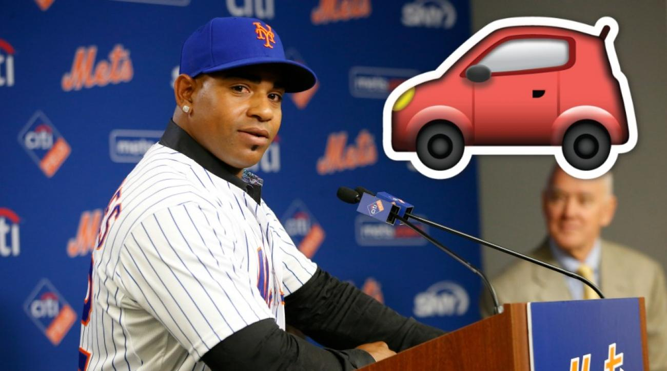Yoenis Cespedes arrives at New York Mets Spring Training in crazy car