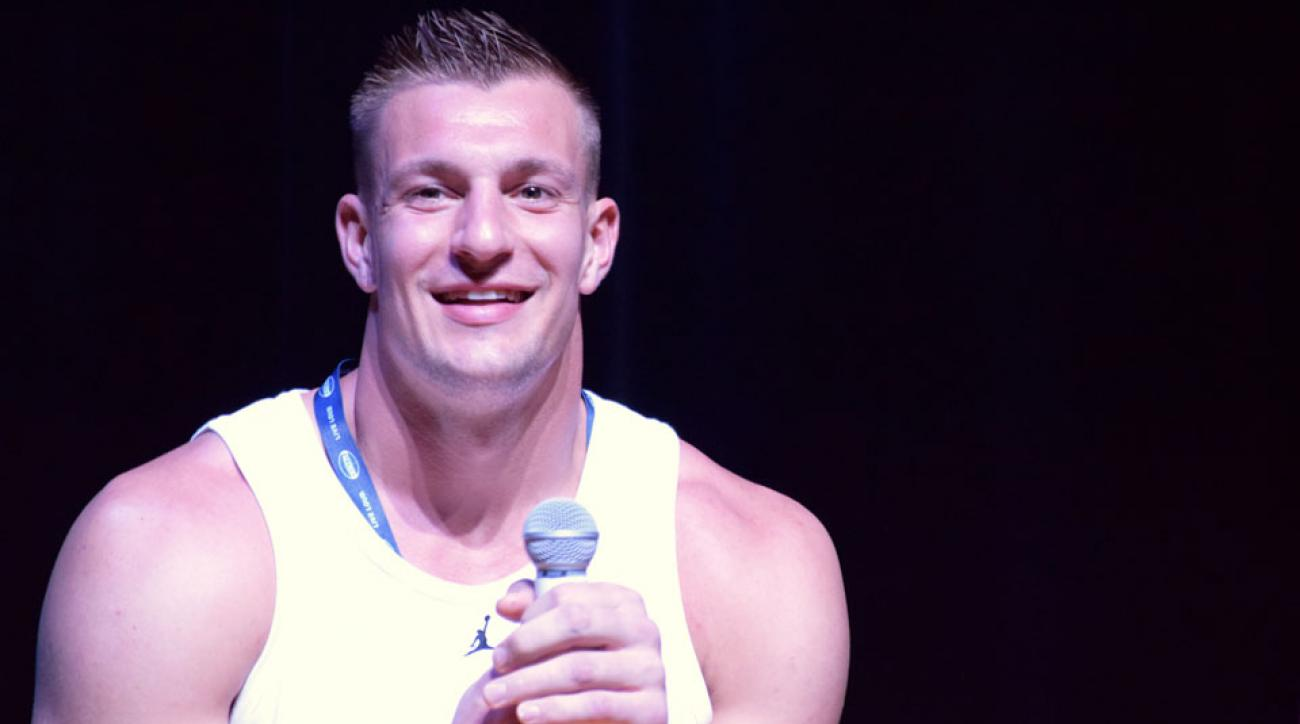 rob gronkowski gambling cruise investigation patriots