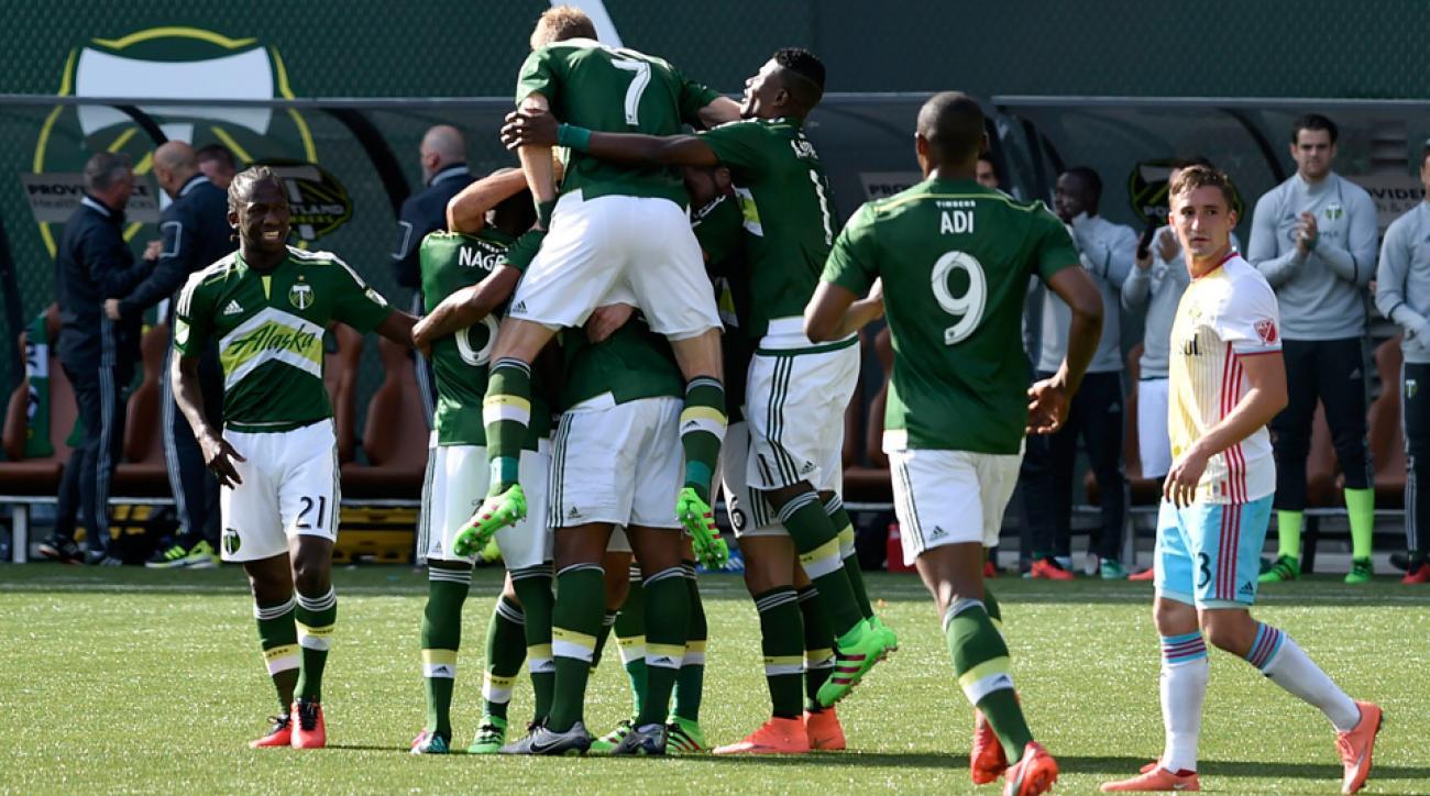 Portland beat Columbus to open the 2016 MLS season