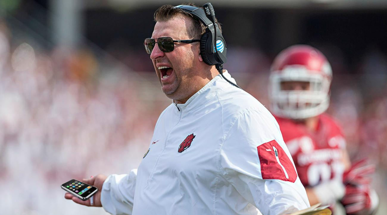 arkansas football bret bielema phone app