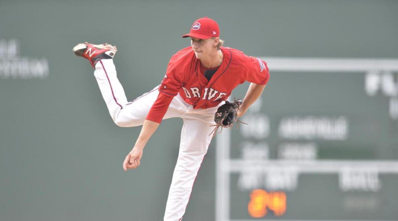 michael-kopech-broken-hand-boston-red-sox