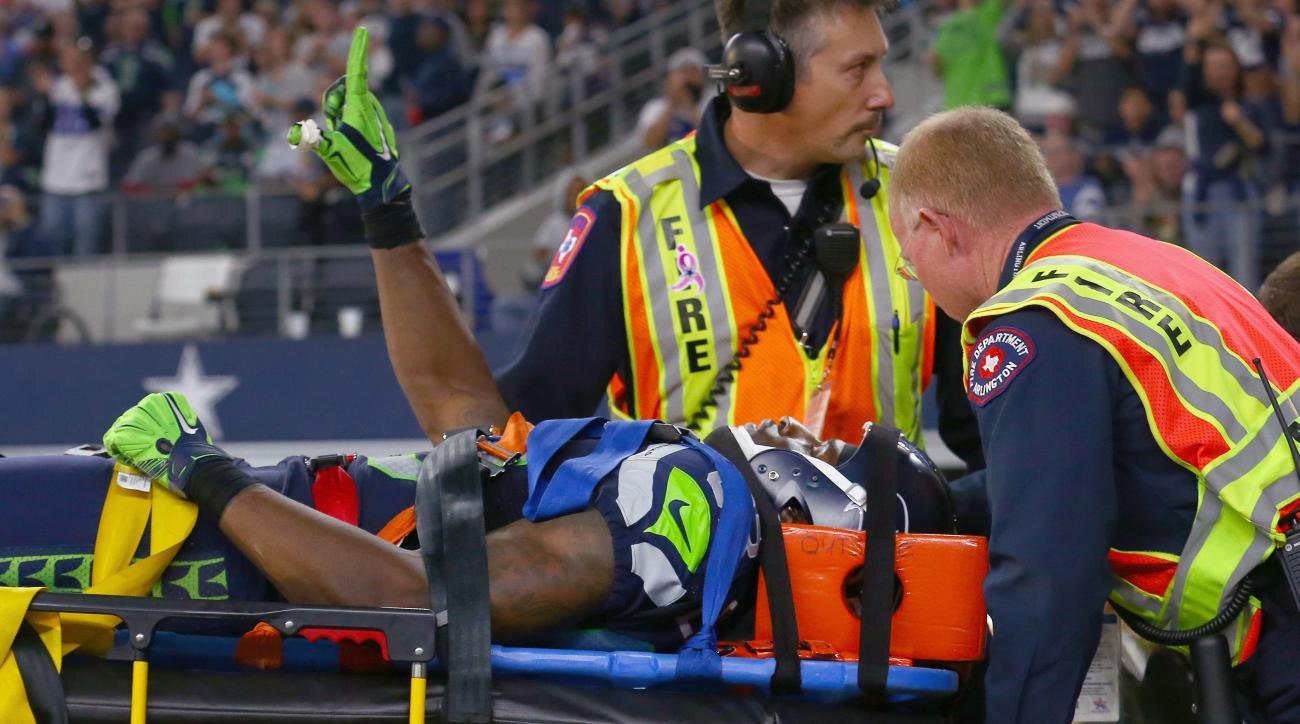 ricardo-lockette-injury-trainers-neck