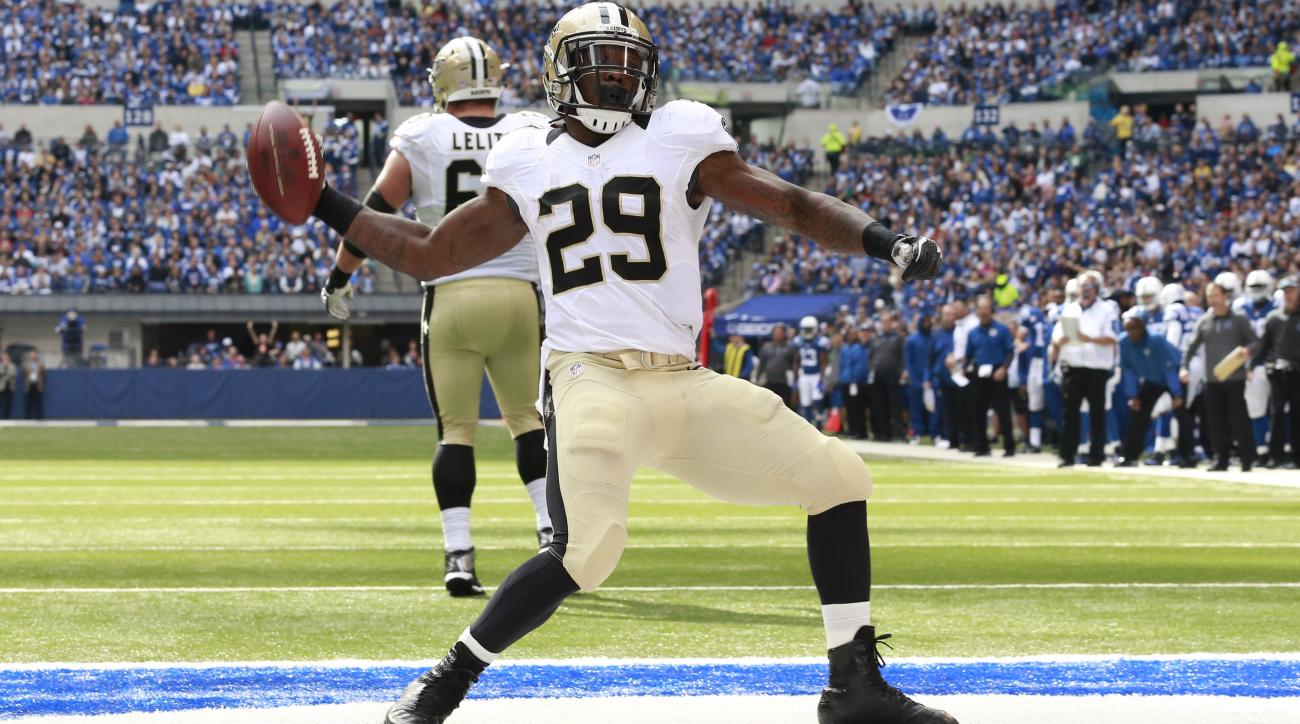 khiry-robinson-signs-jets-saints