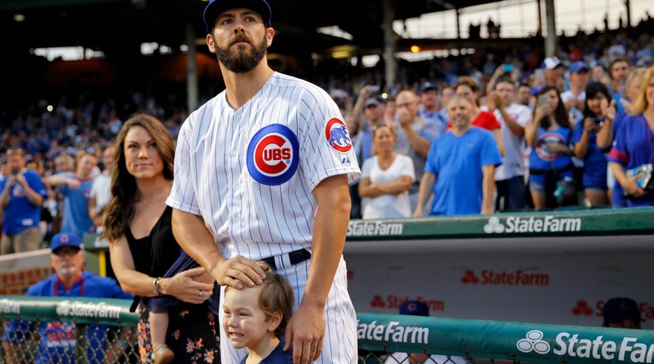 Chicago Cubs' Jake Arrieta threw batting practice to his son