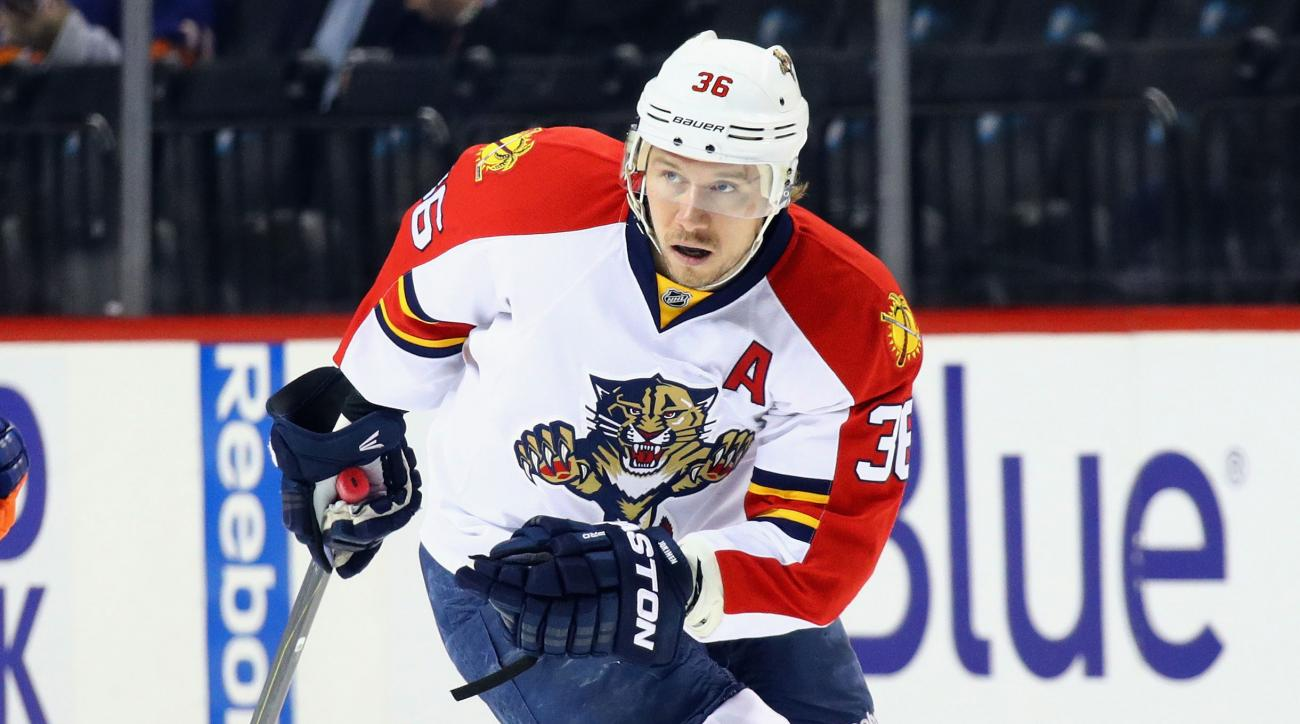 florida panthers jussi jokinen scores two lucky goals video
