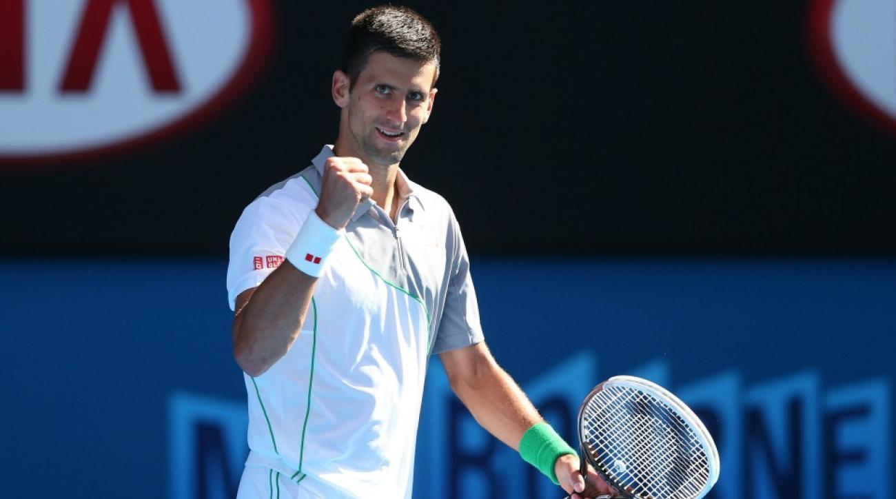 Novak Djokovic helps fan with promposal at Miami Open
