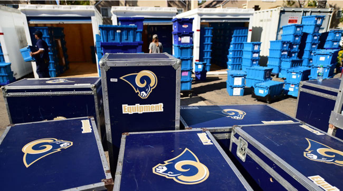 The Los Angeles rams gear arrives in Oxnard.