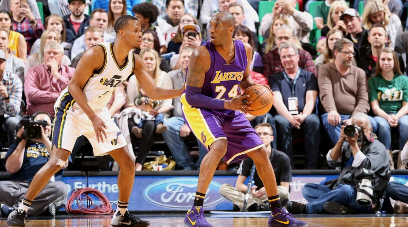 Los Angeles Lakers' Kobe Bryant gave fans his arm sleeve and he smelled it