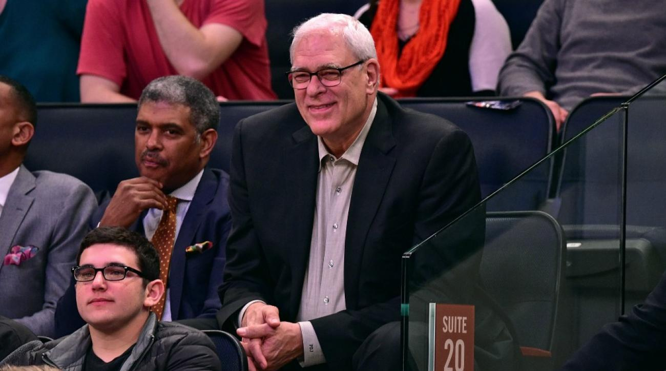 Knicks' Phil Jackson tweets vacation photo with weird hashtag