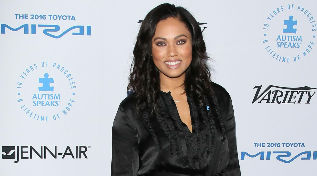 ayesha curry  wife of warriors u2019 stephen gets food network