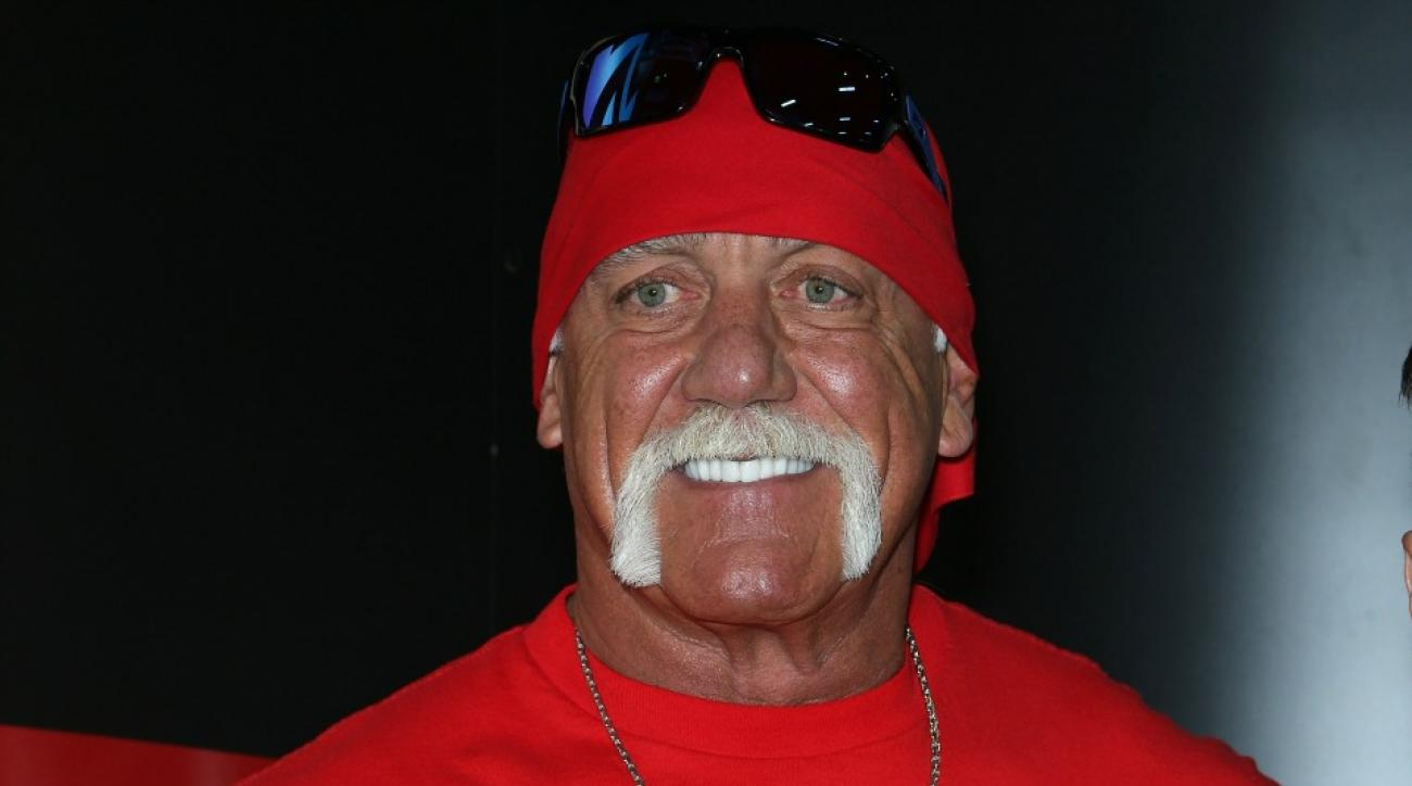 Hulk Hogan talks about WrestleMania 32