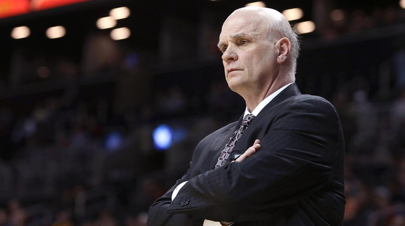 villanova saint josephs phil martelli jay wright award