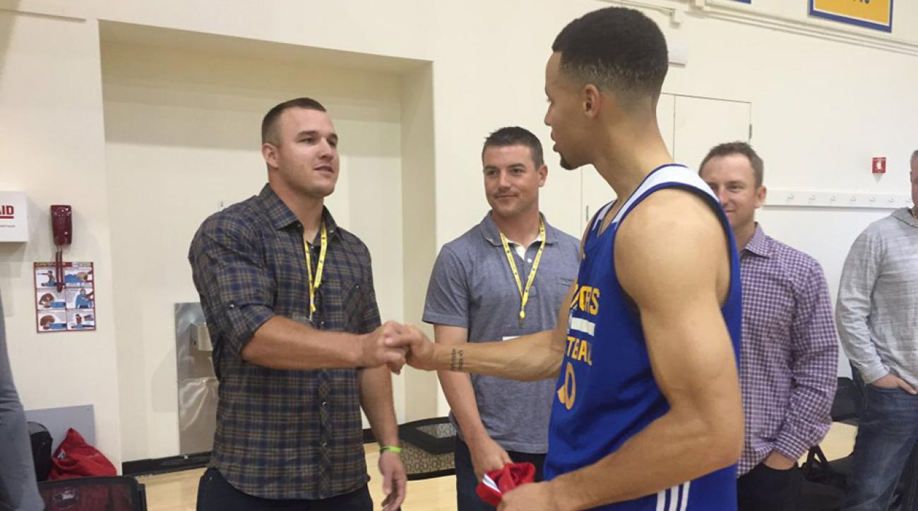 Watch mike trout meets steph curry shoots at warriors practice watch mike trout meets steph curry beats draymond green in pig m4hsunfo