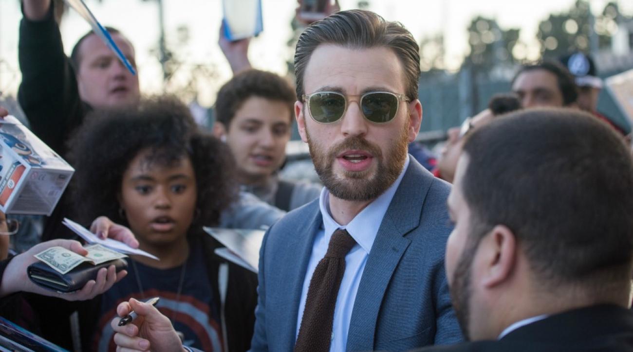 Captain America S Chris Evans Would Really Like To Meet Tom Brady