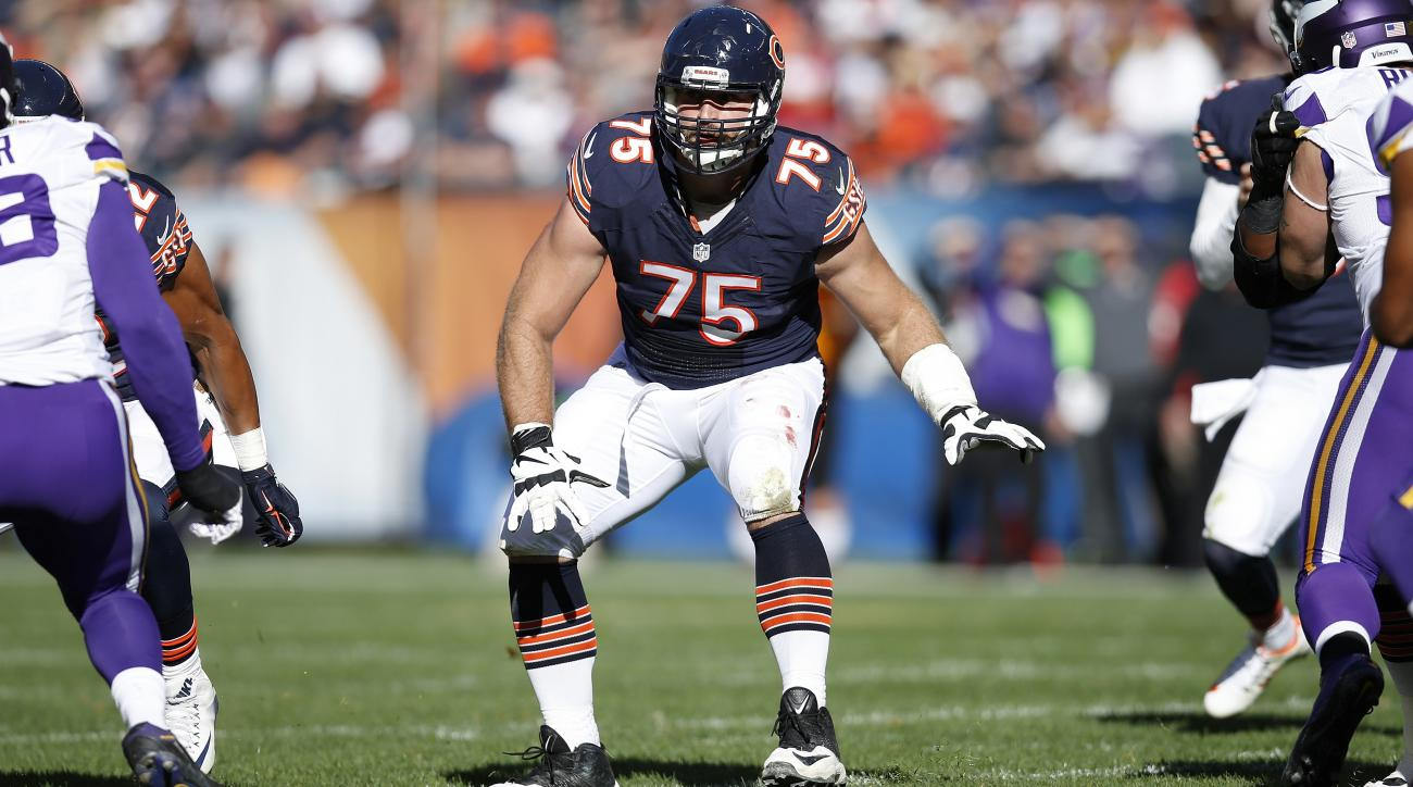 Kyle Long Chicago Bears exercise fifth year option on OL