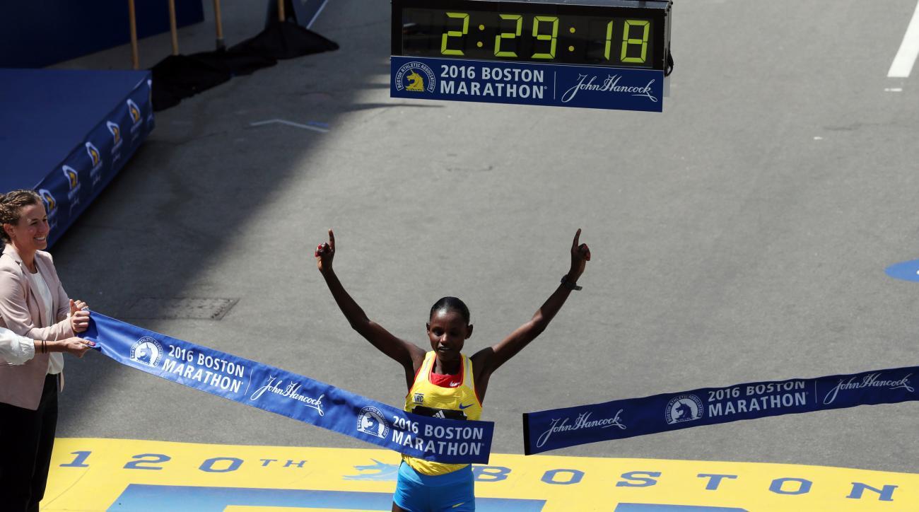 2016 boston marathon winners times