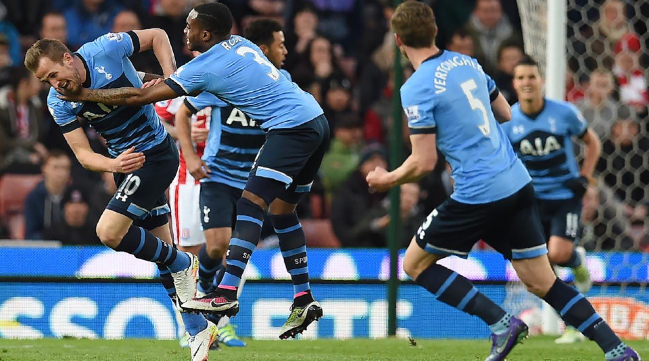 Tottenham celebrates Harry Kane's goal vs. Stoke City