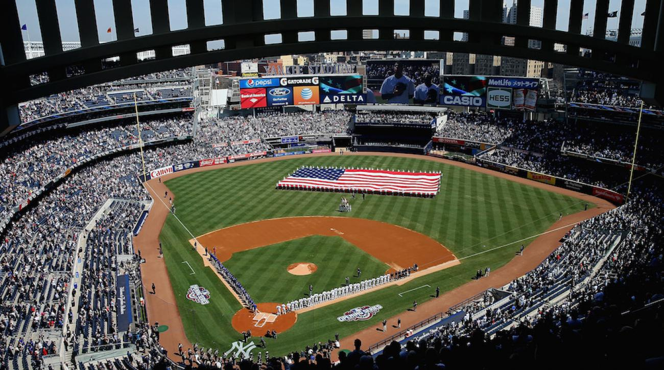 Ufc Looking To Host 2017 Fight Card At Yankee Stadium Si Com