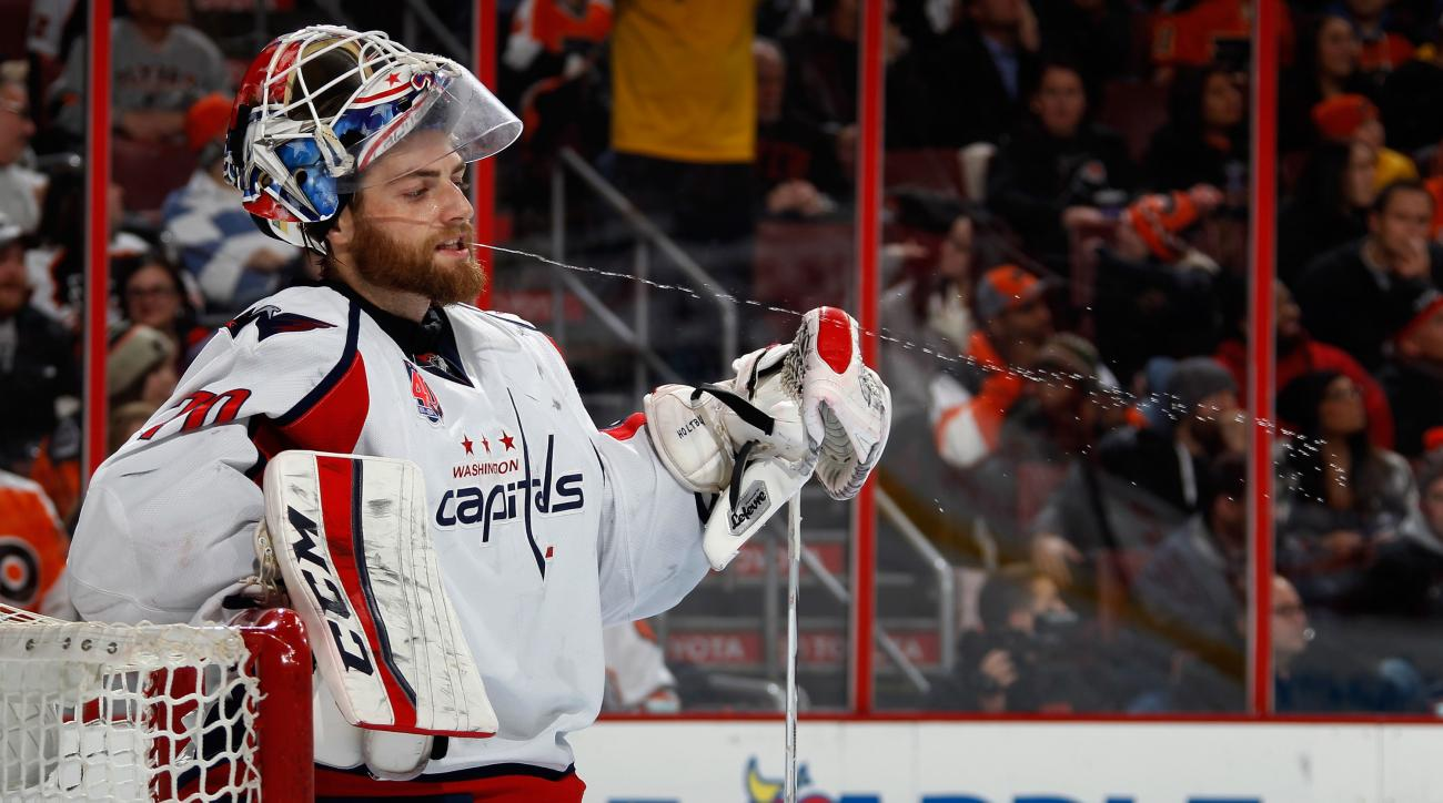 braden-holtby-capitals-injury-washington-update