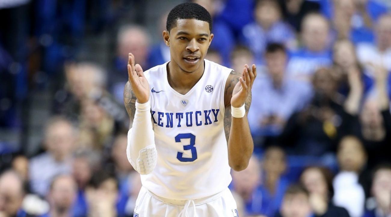 Kentucky Wildcats' Tyler Ulis met with crying fan