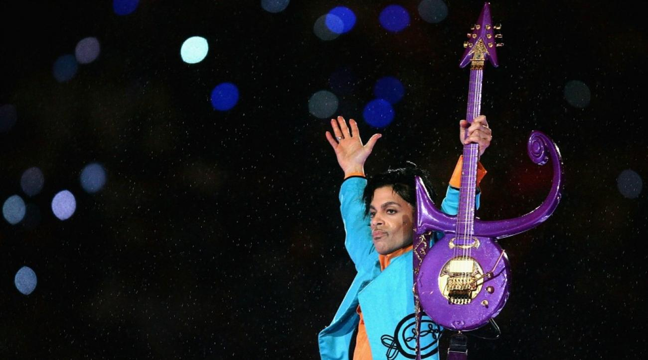 Watch Prince's performance from Super Bowl XLI