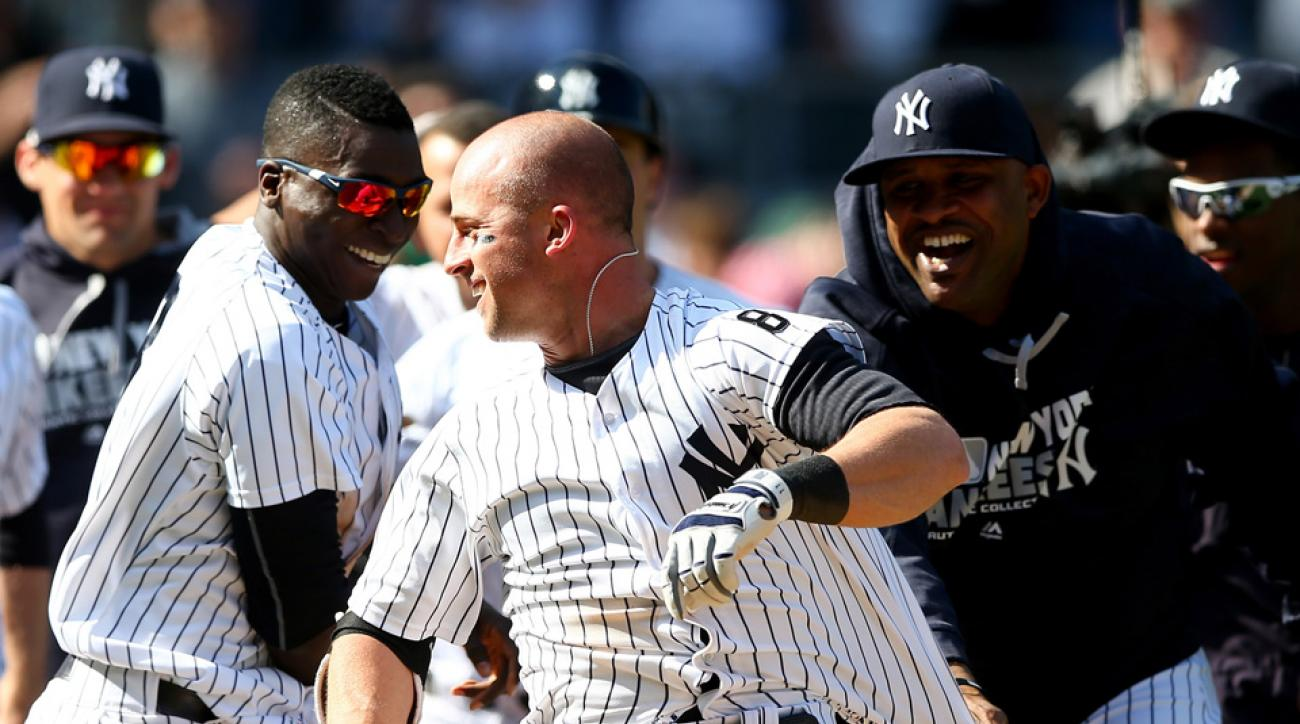 brett gardner walk off home run video
