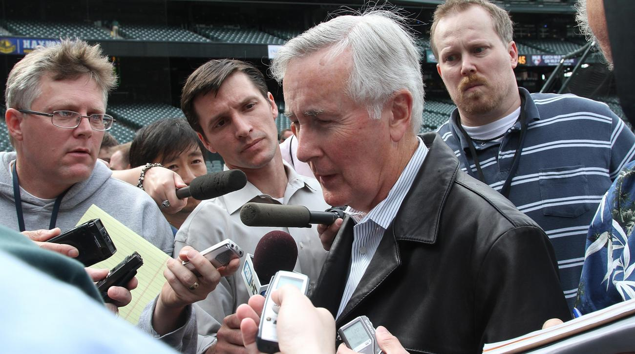 howard-lincoln-mariners-ceo-resigns-seattle