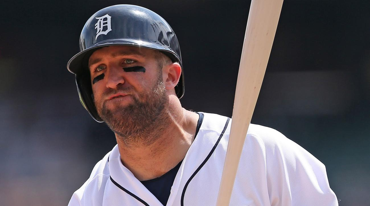 tyler-collins-tigers-triple-a-middle-finger-detroit