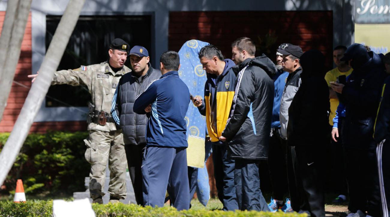Boca Juniors fans in custody in Paraguay