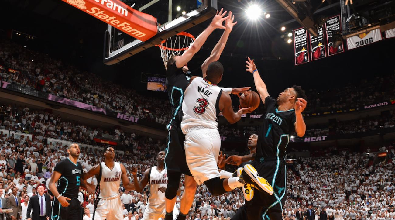 dwyane wade miami heat last two minute report