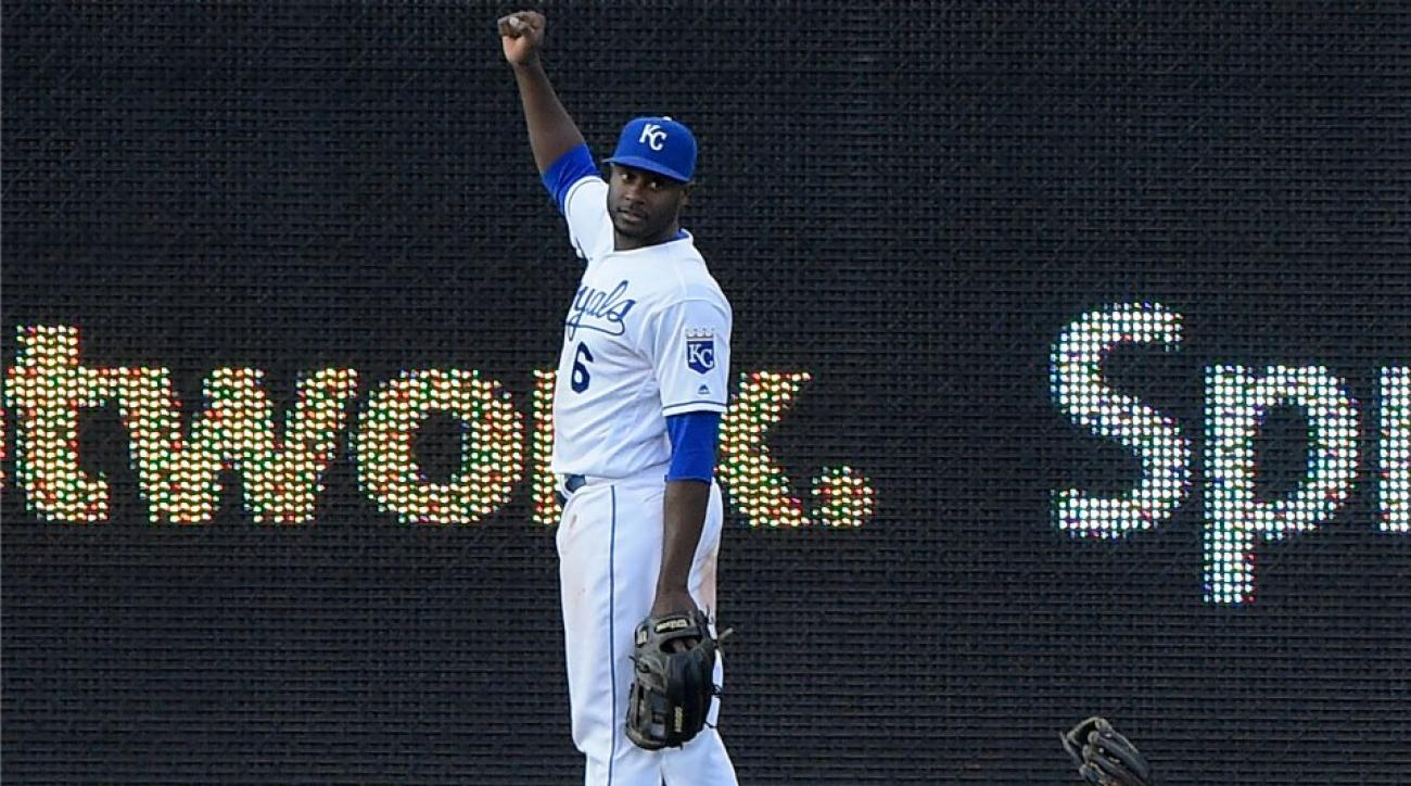 Kansas City Royals 14-foot-tall-statue found in the woods