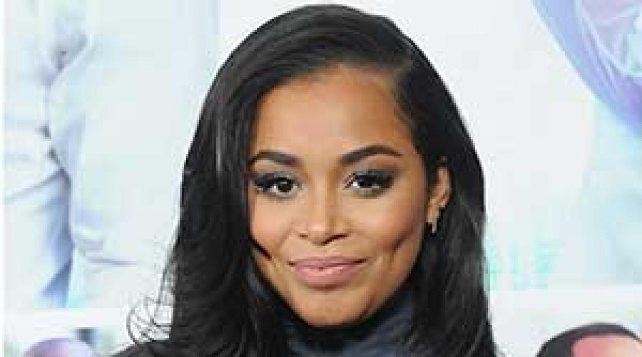 Lauren London Hair Styles: Lauren London In Hot Clicks; Ice-walking Cat