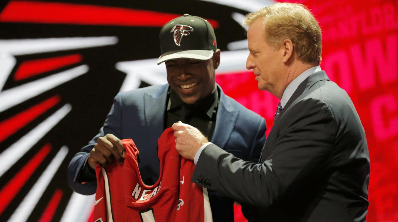 NFL draft: First round picks signing tracker