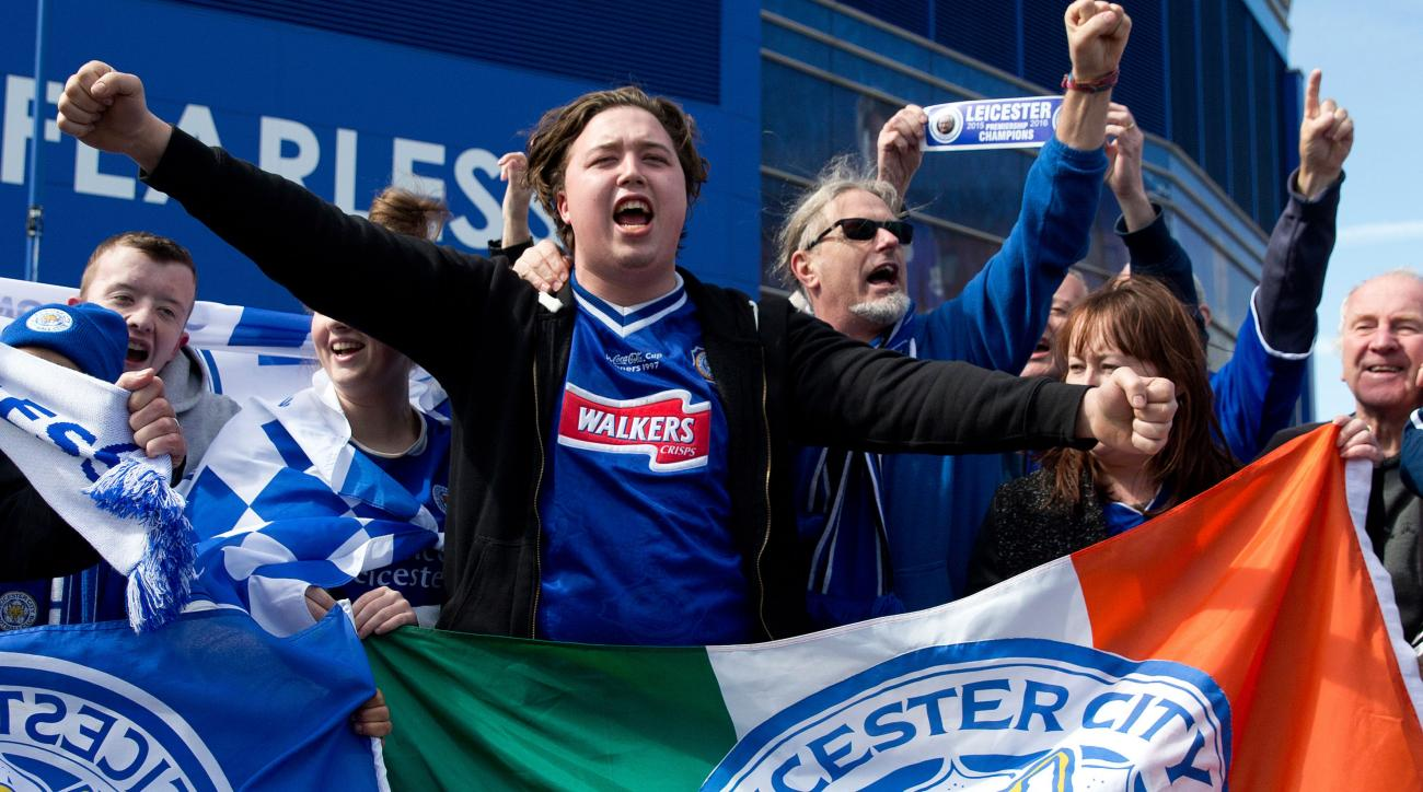 leicester city fans pizza beer