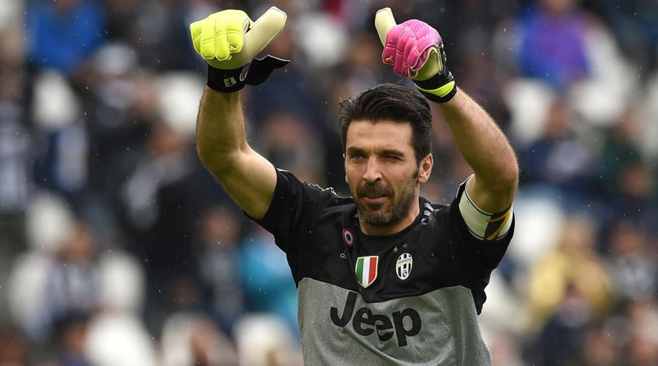 Gianluigi Buffon will remain in net for Juventus through 2018