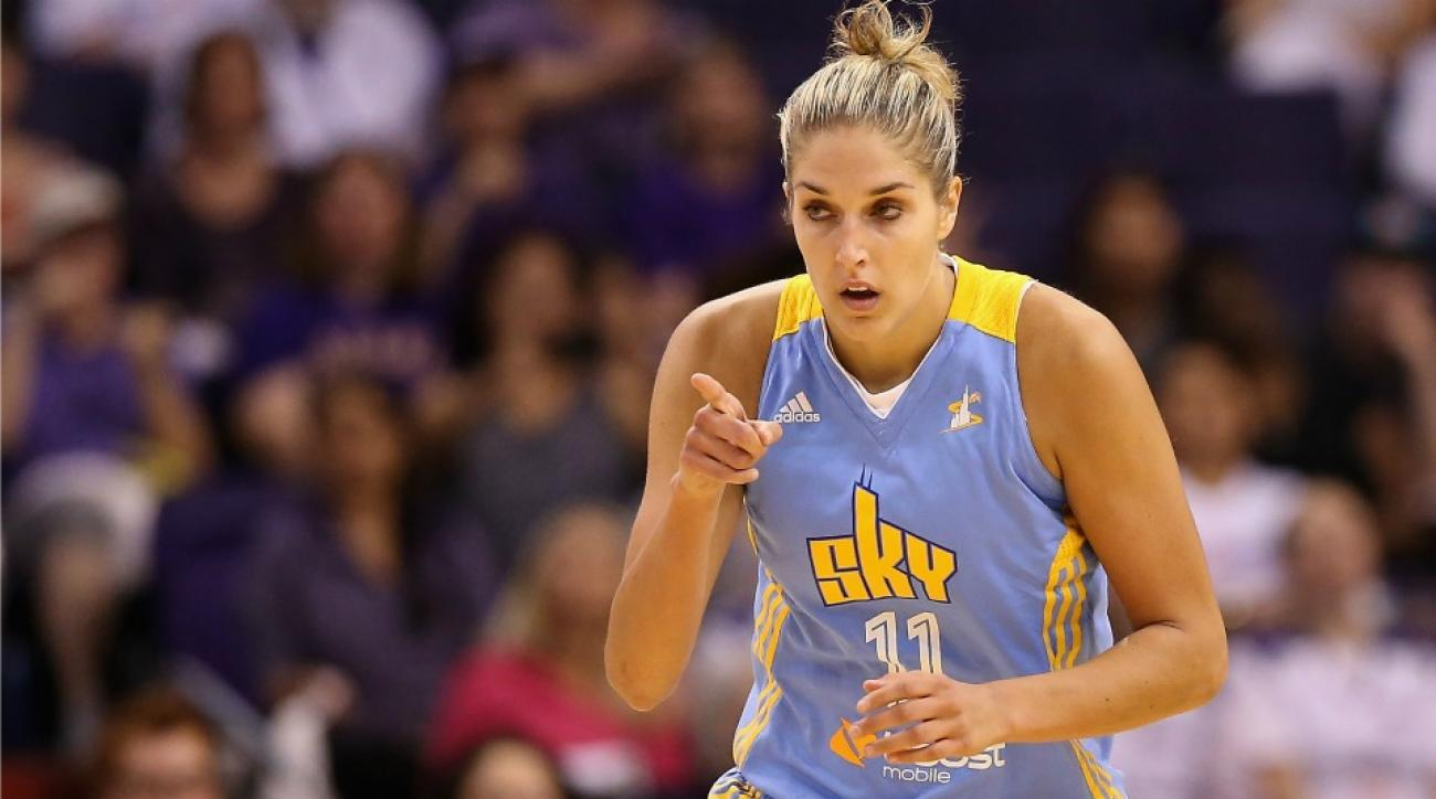 Elena Delle Donne played basketball with a piece of cake