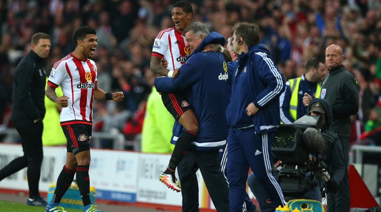 Sunderland avoids relegation with a win over Everton