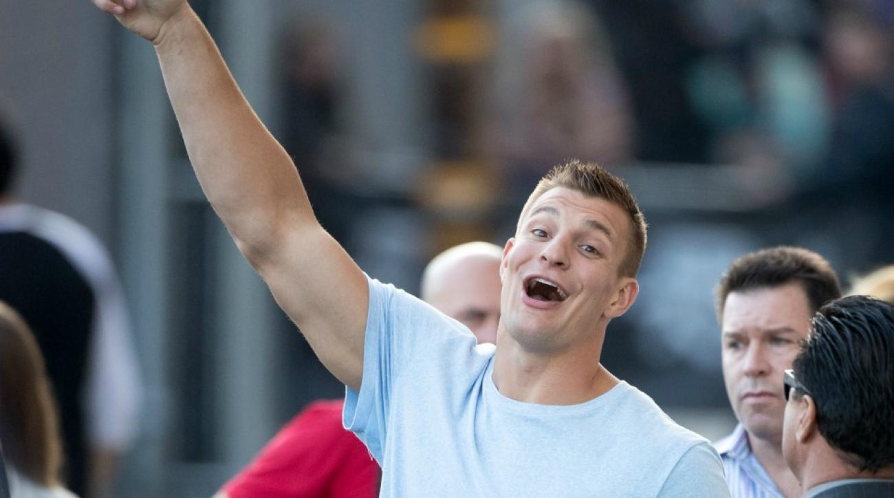 Patriots' Rob Gronkowski is afraid of ghosts