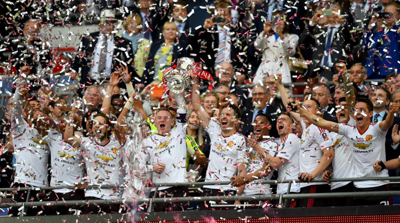 Manchester United ties a record with its 12th FA Cup title