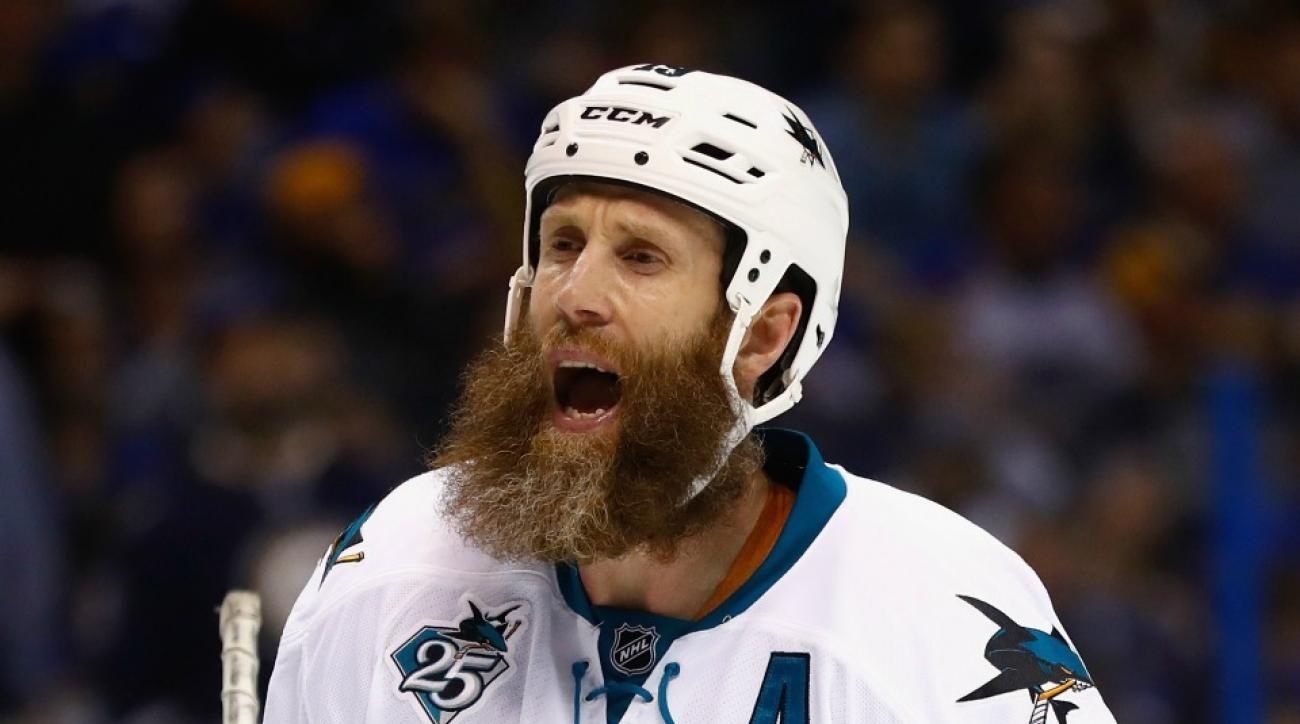 Sharks' Joe Thornton among players to win awards from The Tonight Show