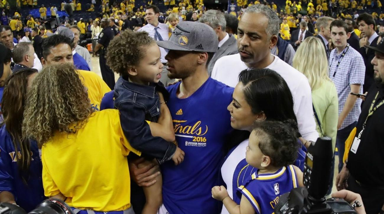 Riley Curry denied her dad kisses after Western Conference Finals win