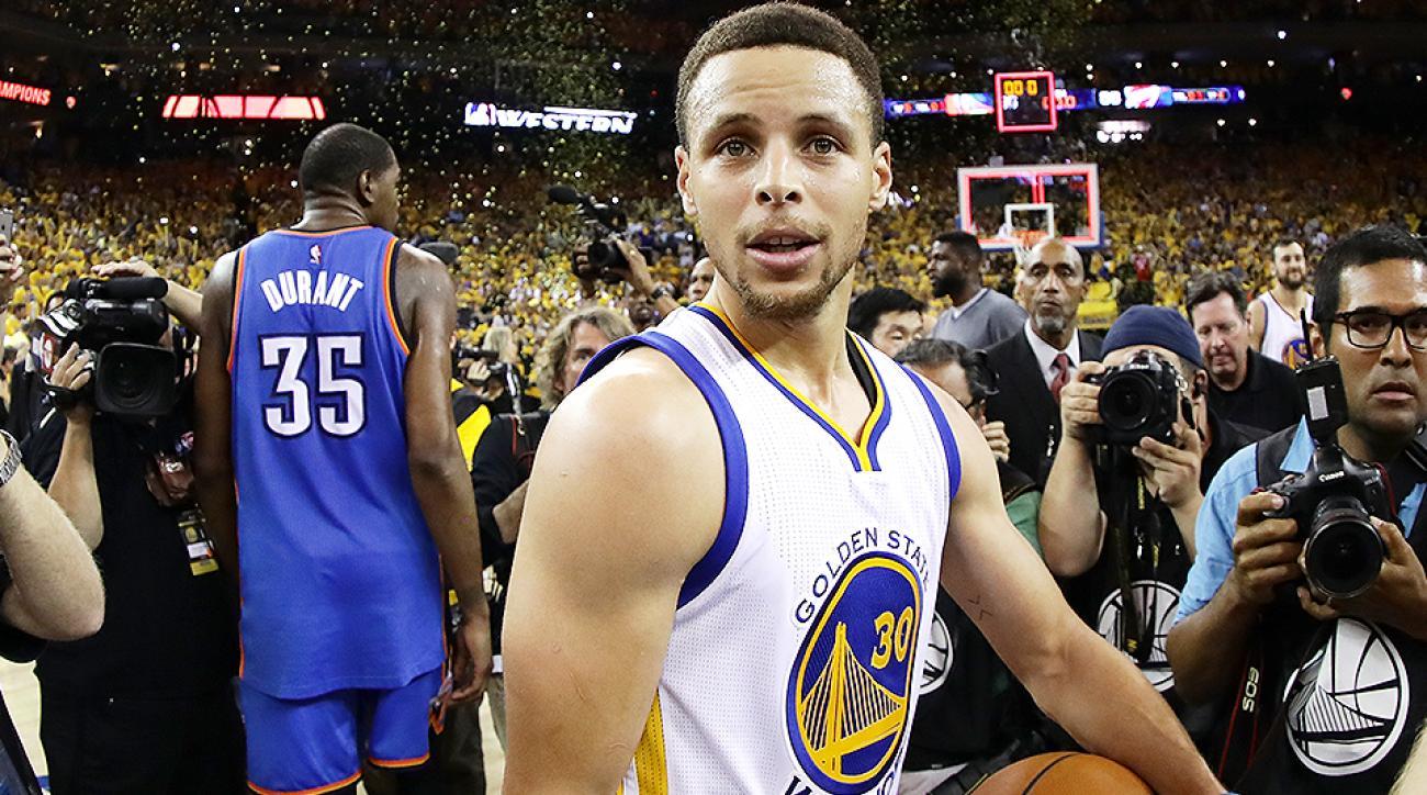sports shoes f8e8a c1e7d Stephen Curry, Warriors survive Thunder to reach Finals | SI.com
