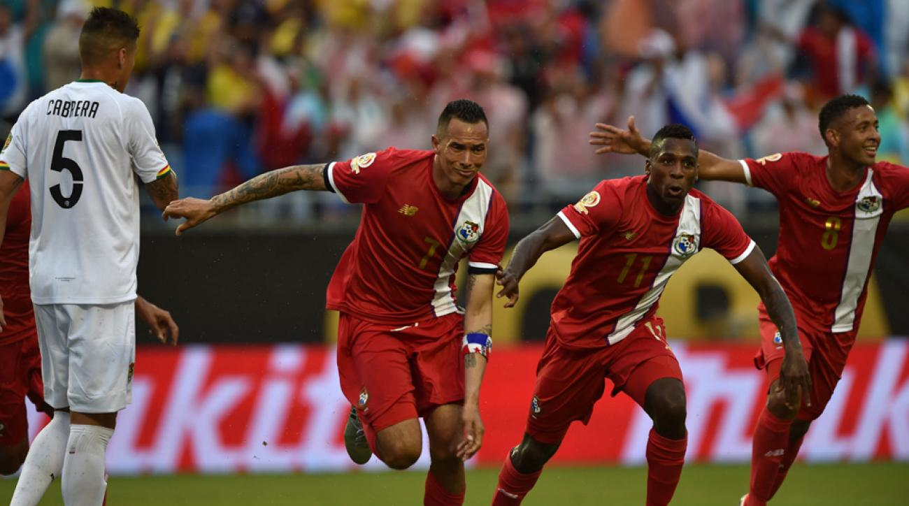 Blas Perez celebrates his goal for Panama vs. Bolivia at Copa America