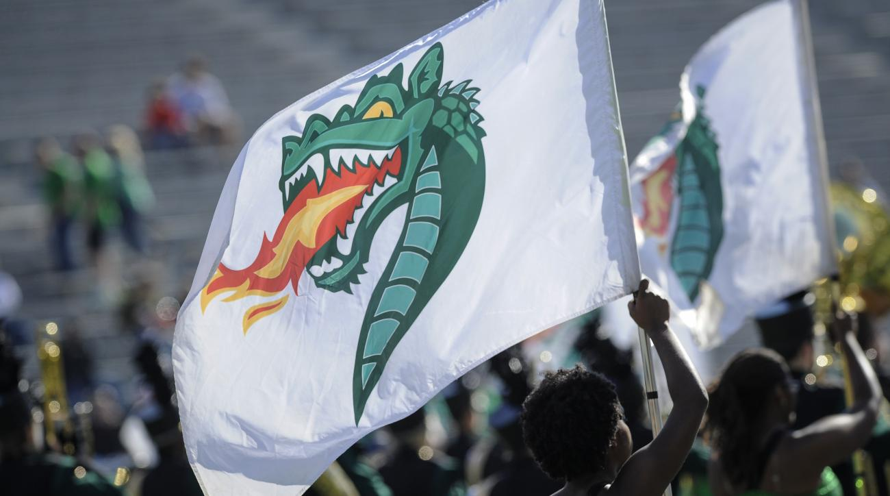 uab-dc-resigns-duwan-walker