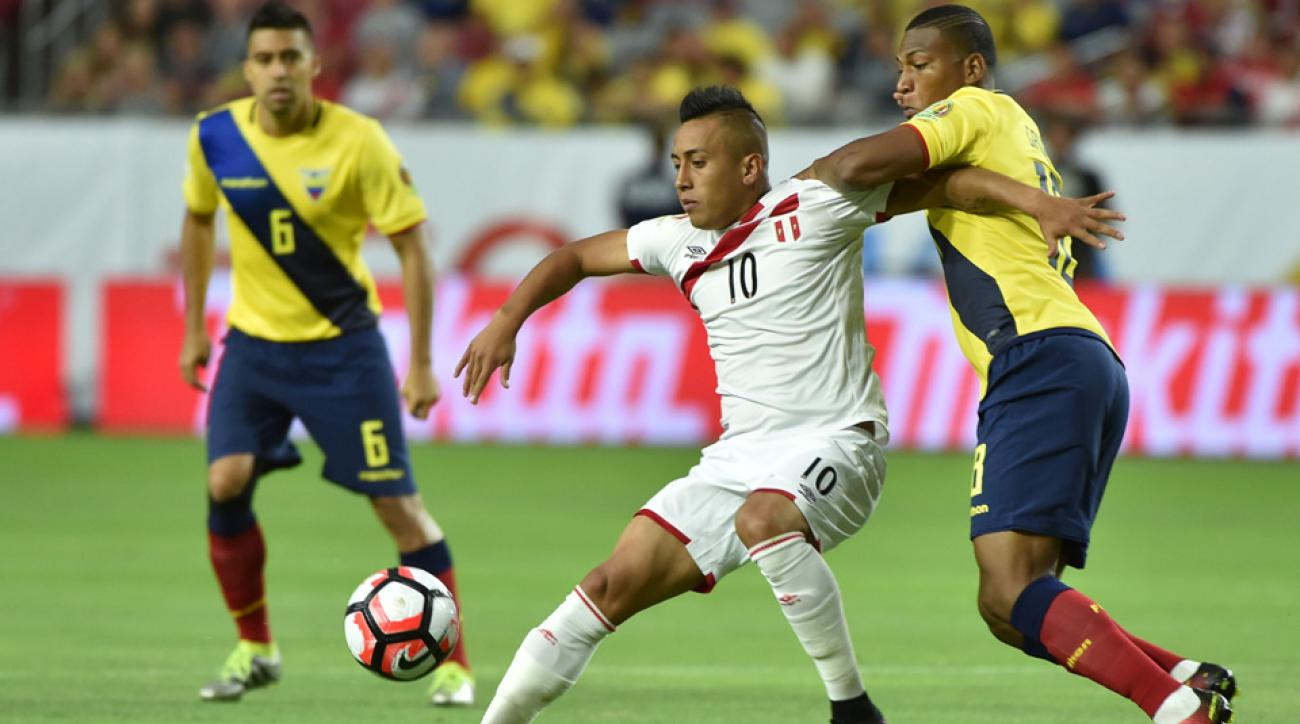Christian Cueva scores a great goal for Peru vs. Ecuador at Copa America