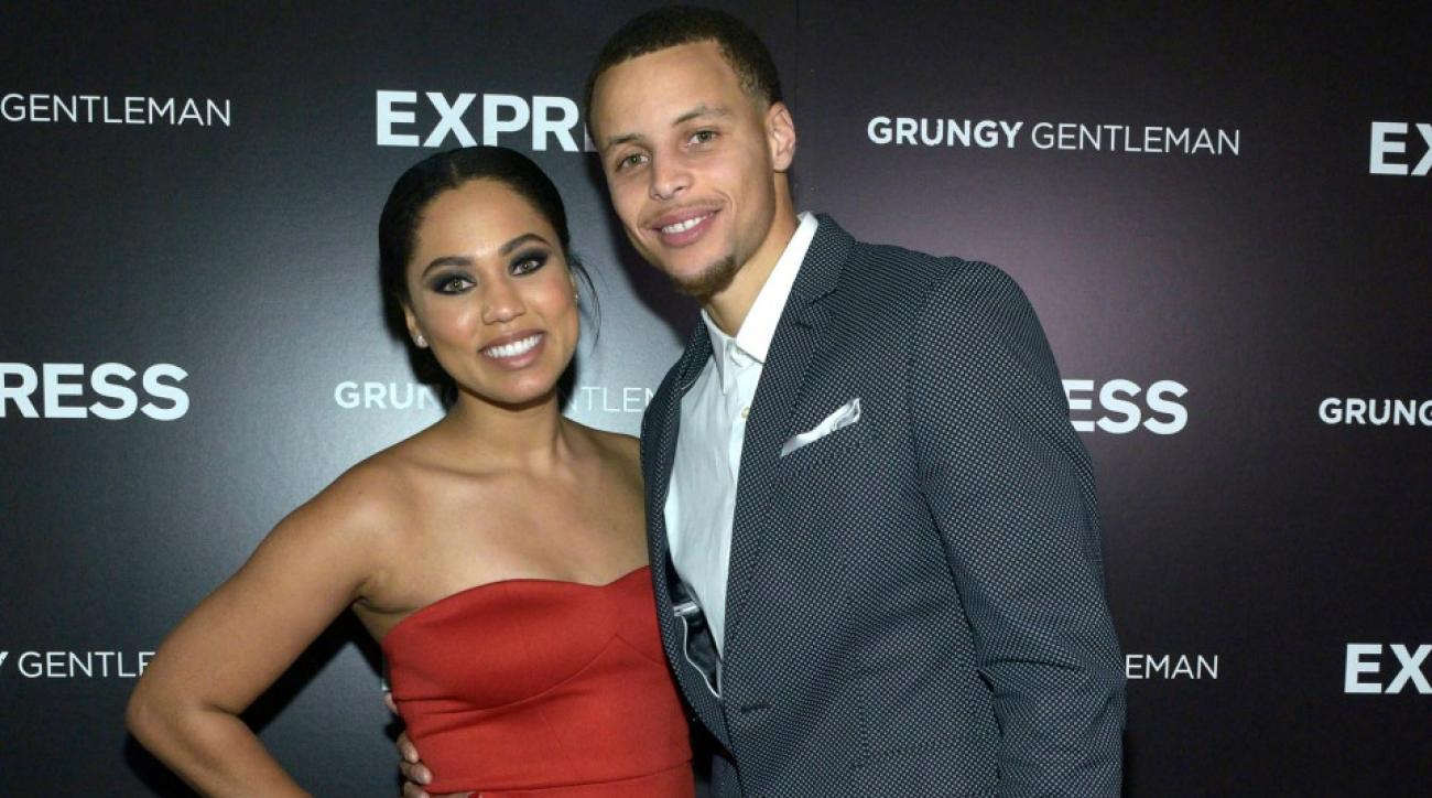 Stephen and Ayesha Curry did a face swap impersonation