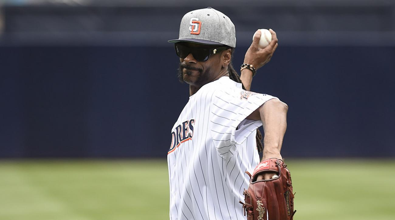 snoop dogg first pitch padres video