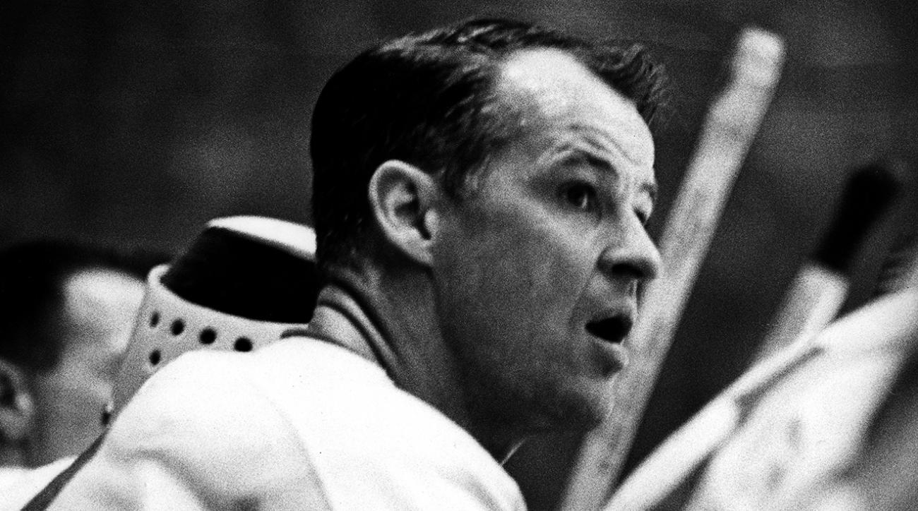 'Mr. Hockey' Gordie Howe passes away at 88