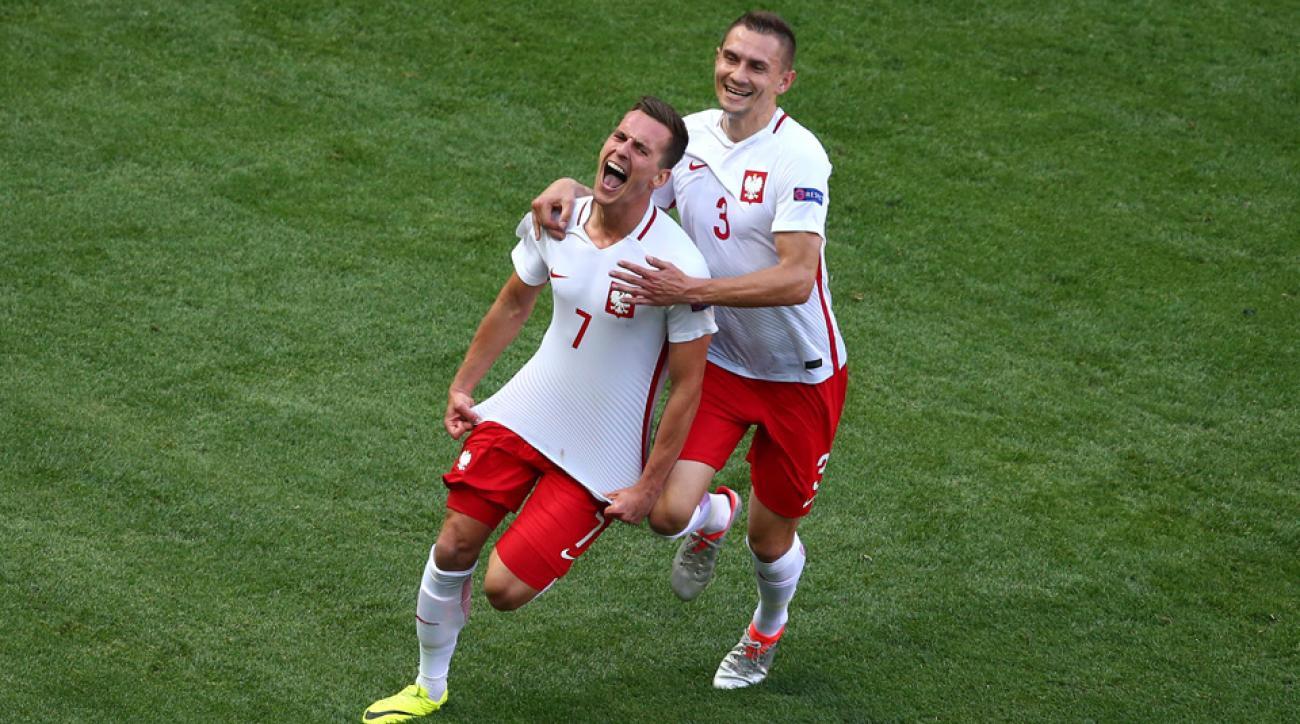 Milik scores for Poland vs. Northern Ireland at Euro 2016