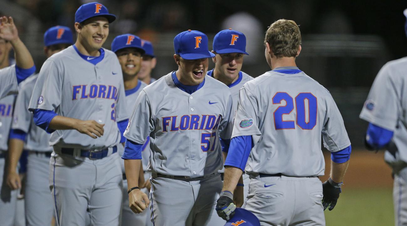 florida-college-world-series-gators